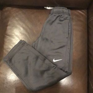 GUC Nike therms-fit boy pants